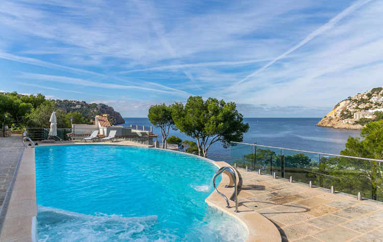 Vista Port Andratx Holiday Villa in Mallorca